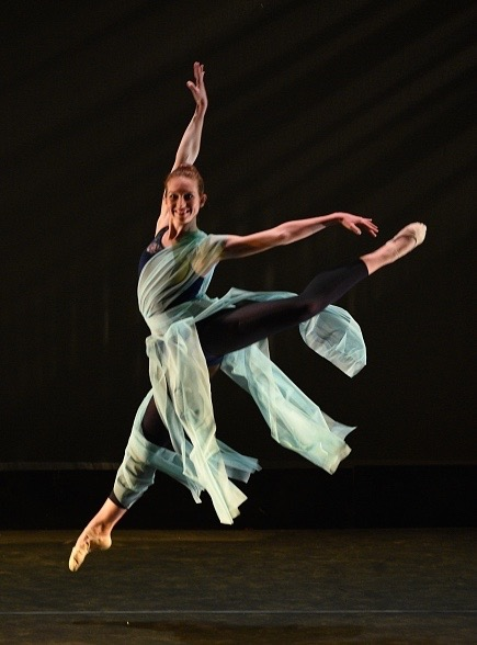 Alison Grant - Gin Dance Company - Motion In String
