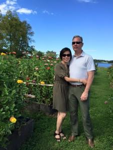 GinDance.Sweet Virginia Bee Farm